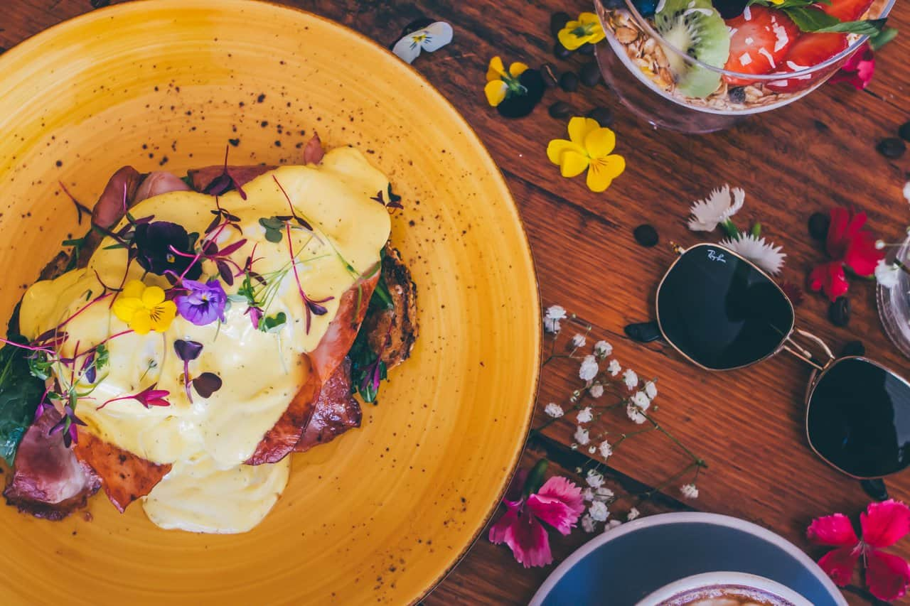 Brunch-and-co-cafe-photographer-in-sydney-food-on-table.jpg